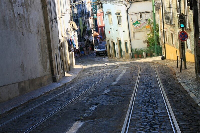 Лиссабон, пути трамвая 28 (Lisbon, tram way 28)