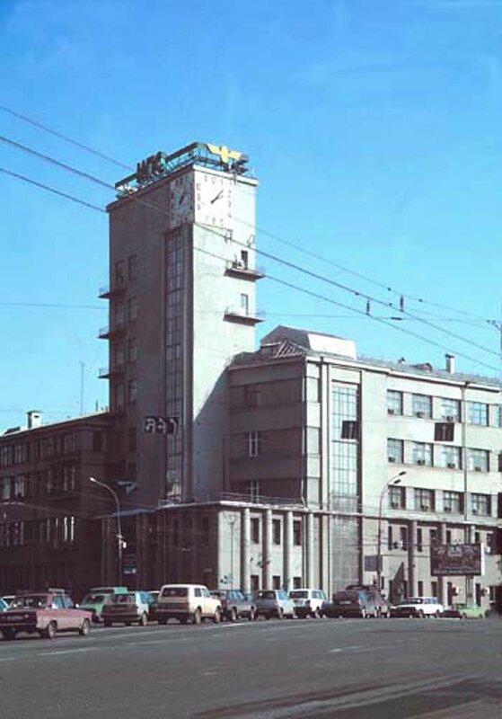 149053 Садовая-Черногрязская улица, 4с1 William Richardson 1999.jpg