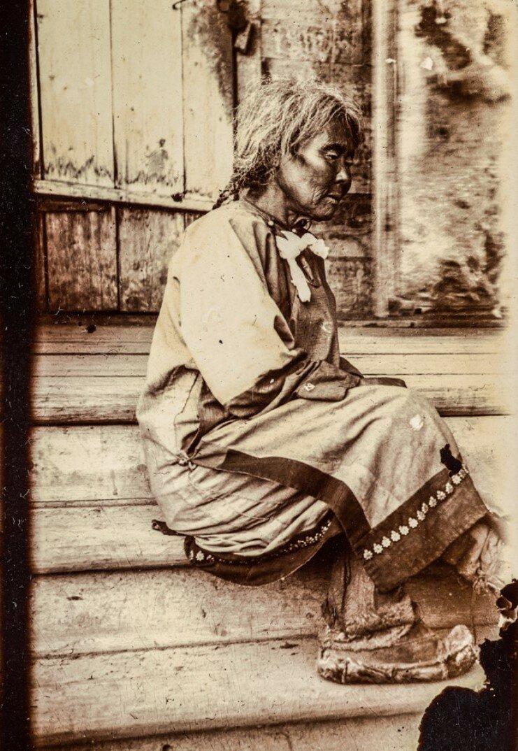 Женщина айнов