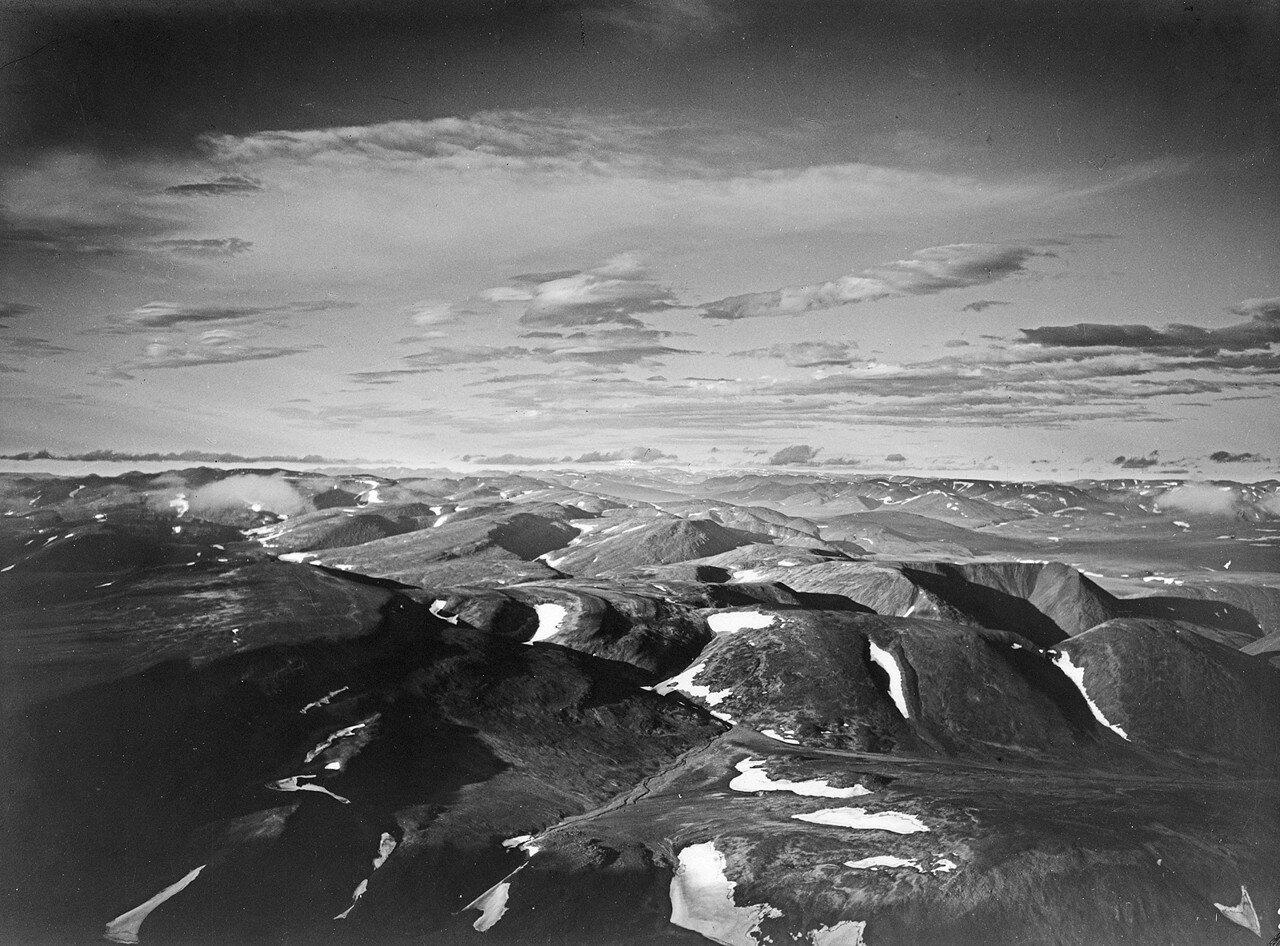 1931. Таймыр. Вид с воздуха на ледники горной цепи Бырранги