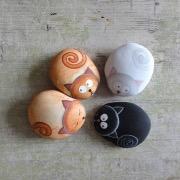 Камни котики