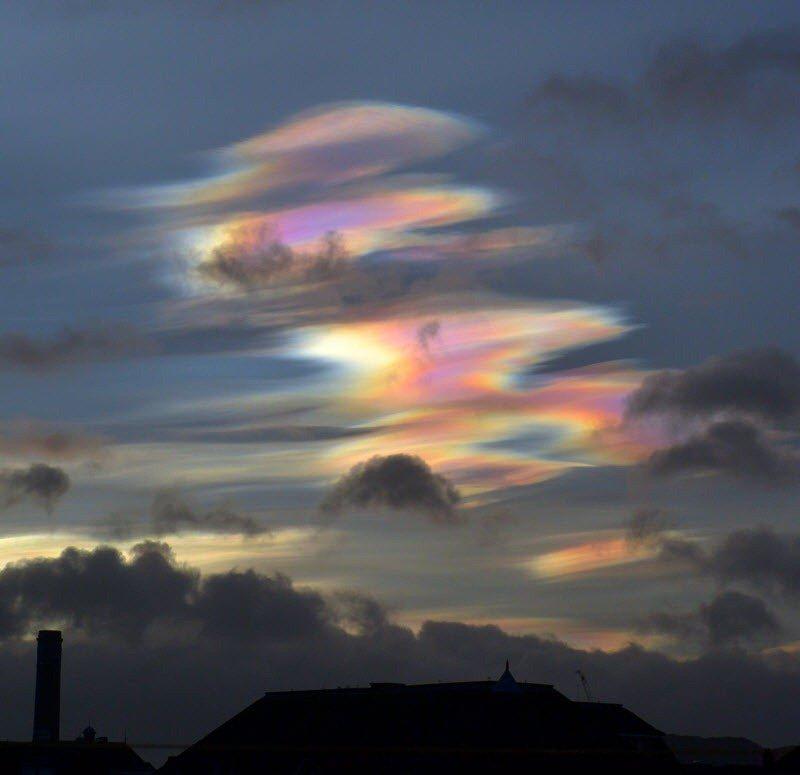 Разрушительная красота: Перламутровые облака