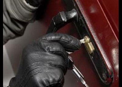 ВКраснодаре задержаны подростки, сдававшие угнанные машины вметаллолом
