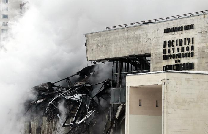 Сооружение библиотеки ИНИОН РАН, пострадавшее впожаре вэтом году, будет восстановлено