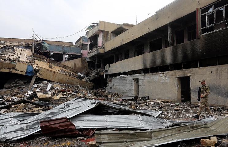 Вподконтрольных боевикам ИГ* районах Мосула остаются до300 тыс. человек