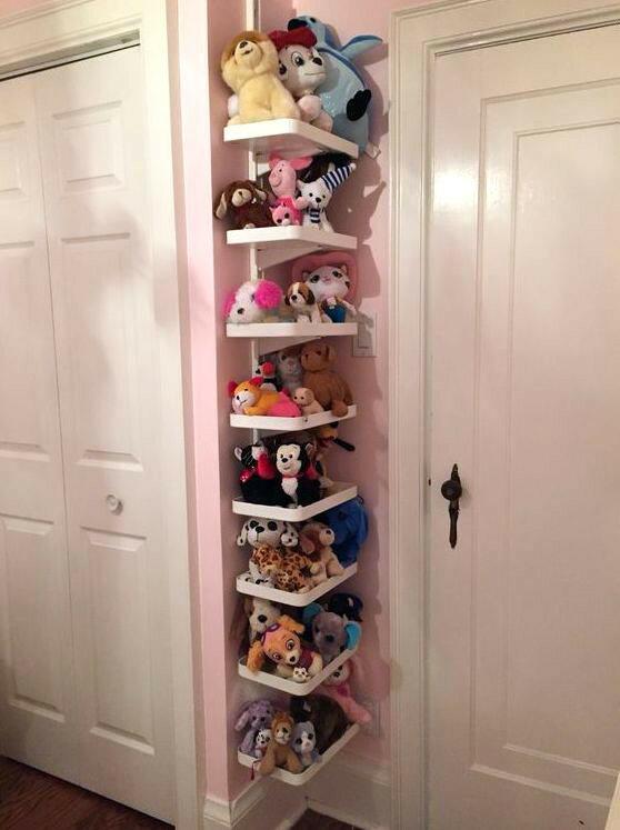 Как хранить мягкие игрушки: идеи для детской комнаты