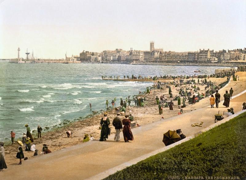 The promenade, Margate, England, ca. 1890-1900.jpg