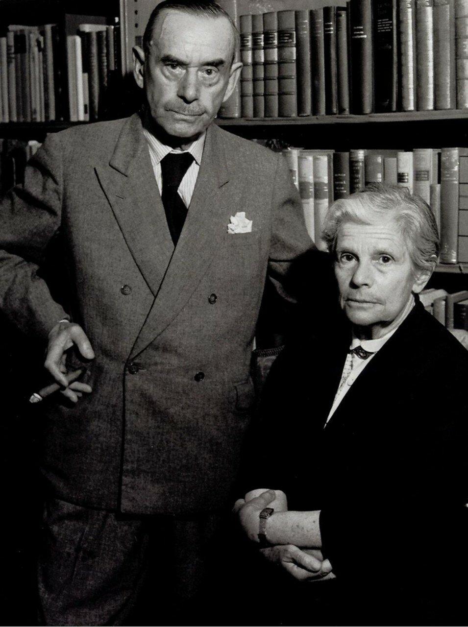 1955. Томас Манн и его жена
