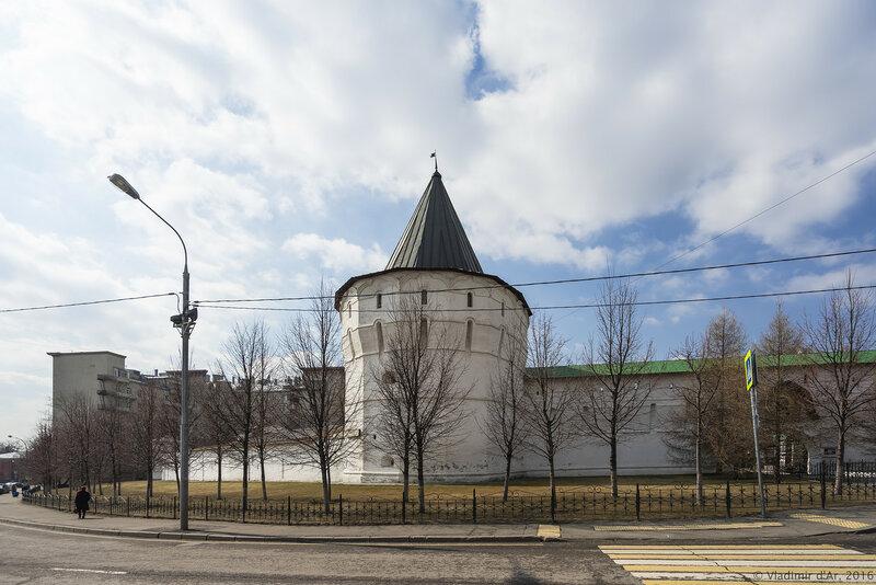 Юго-восточная башня Новоспасского монастыря