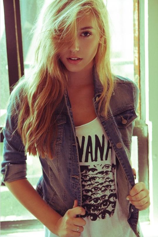 Красивые фотографии молодой модели Алексис Рен 0 142376 7feceefb orig