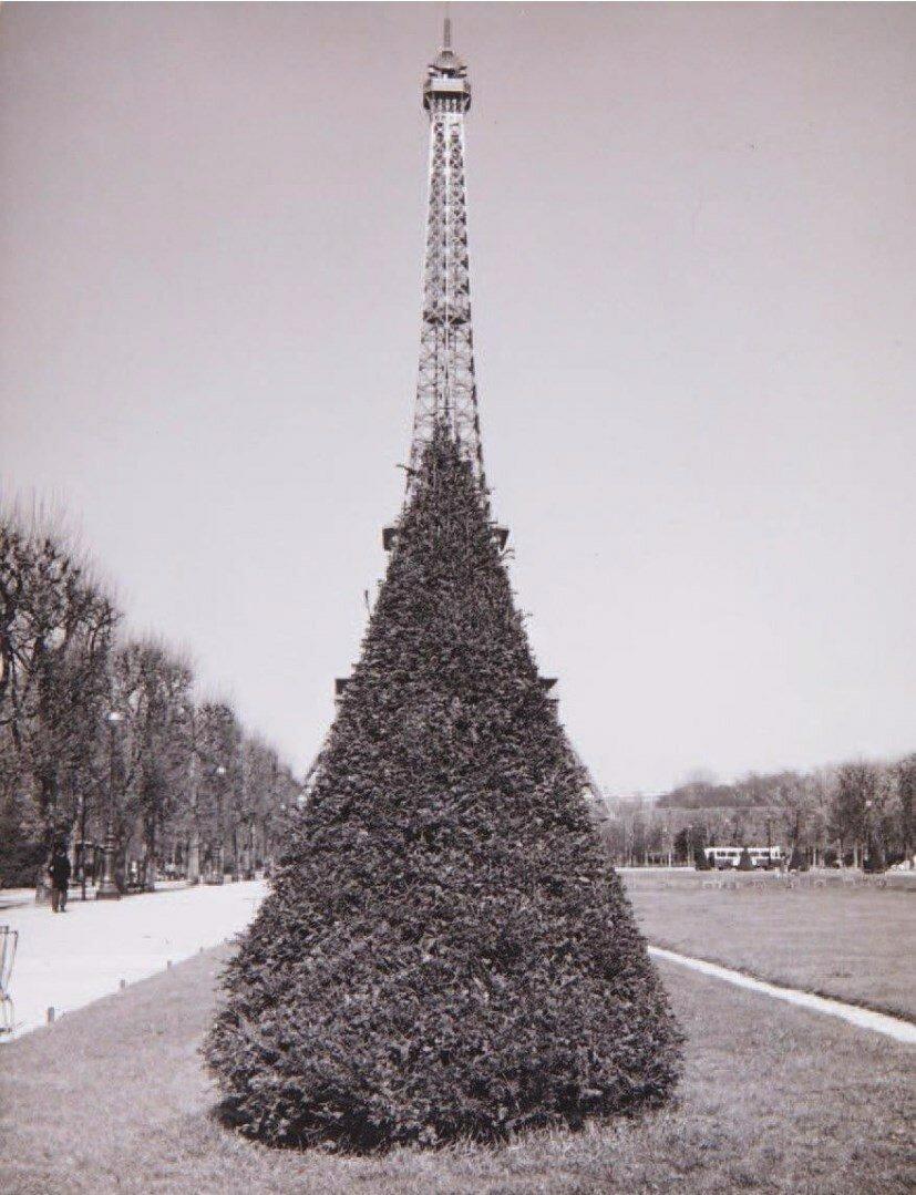1964. Эйфелева башня