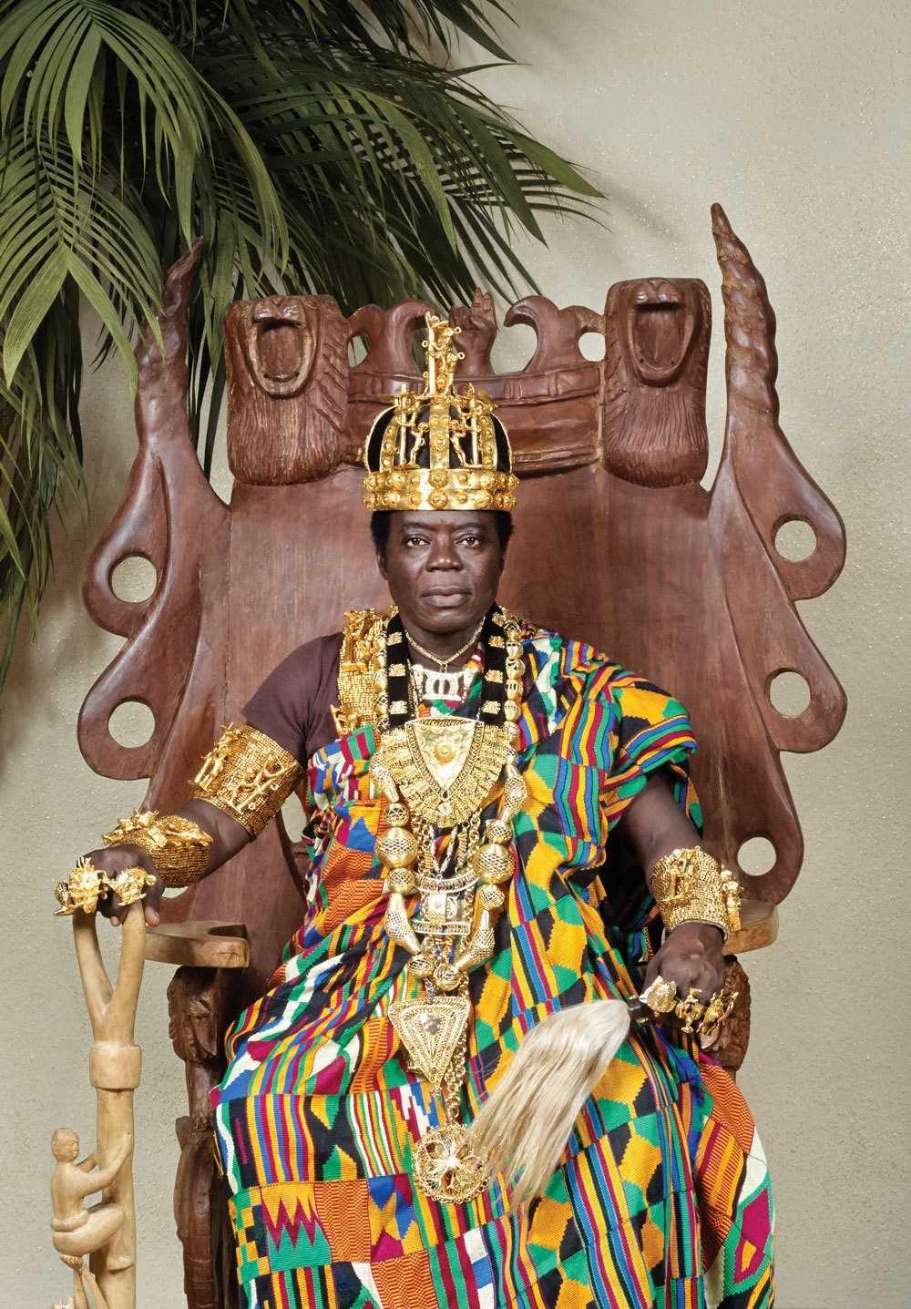 Тогбе Нгорифия Кифа Коси Банса - верховный правитель территории Хохо в Гане. 0_17760d_a0982f6b_orig