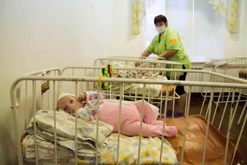 сироты в больн.jpg