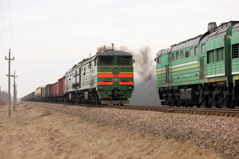 2ТЭ10МК-2937 и 2ТЭ10У-0198