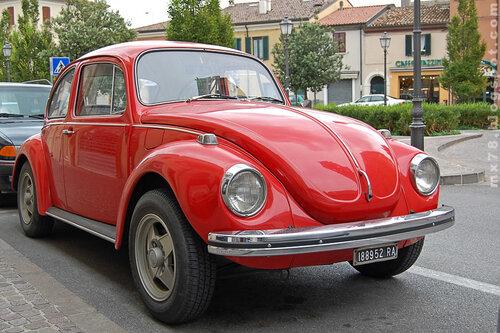 Красный VW