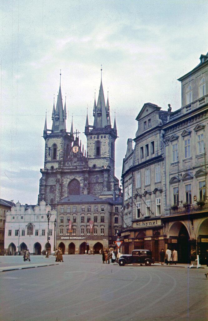 1942c Prag3b.jpg