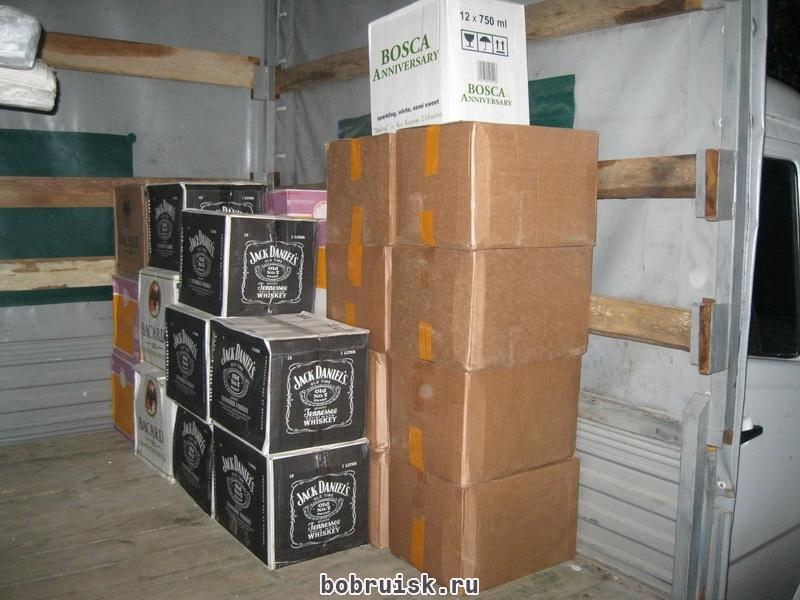 У жителя Бобруйского района лишился крупной партии контрафактного спиртного
