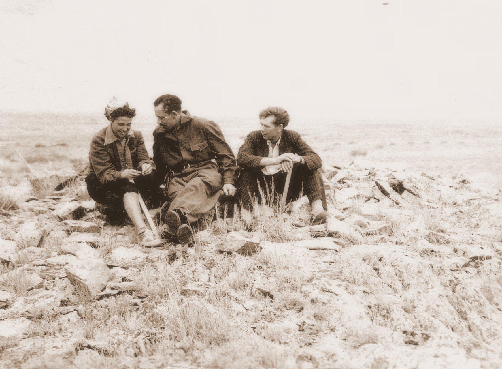 1957 лето Казахстан доп 2.jpg