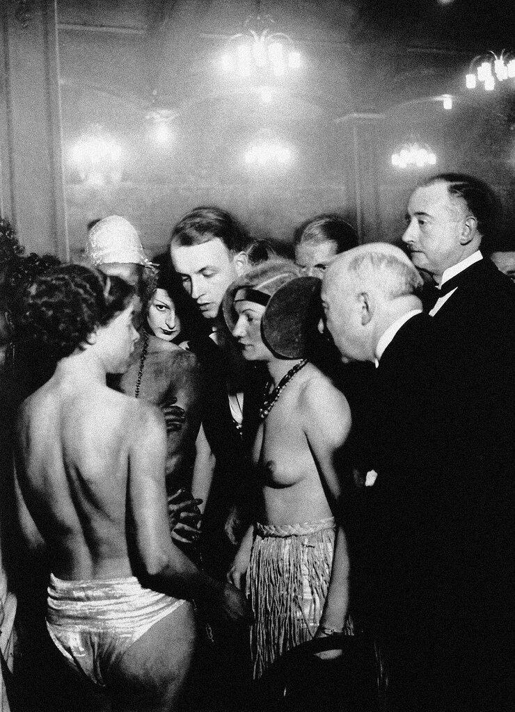 1932.  Дансинг «Орда», Монпарнас