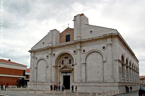 Храм Малатесты III