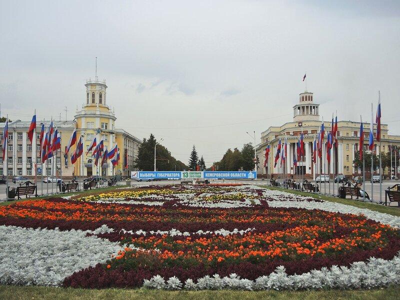Площадь Советов - хороших и разных :)
