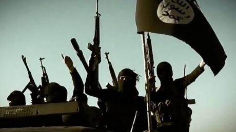 Боевики ИГИЛ опубликовали видео казни якобы русского шпиона