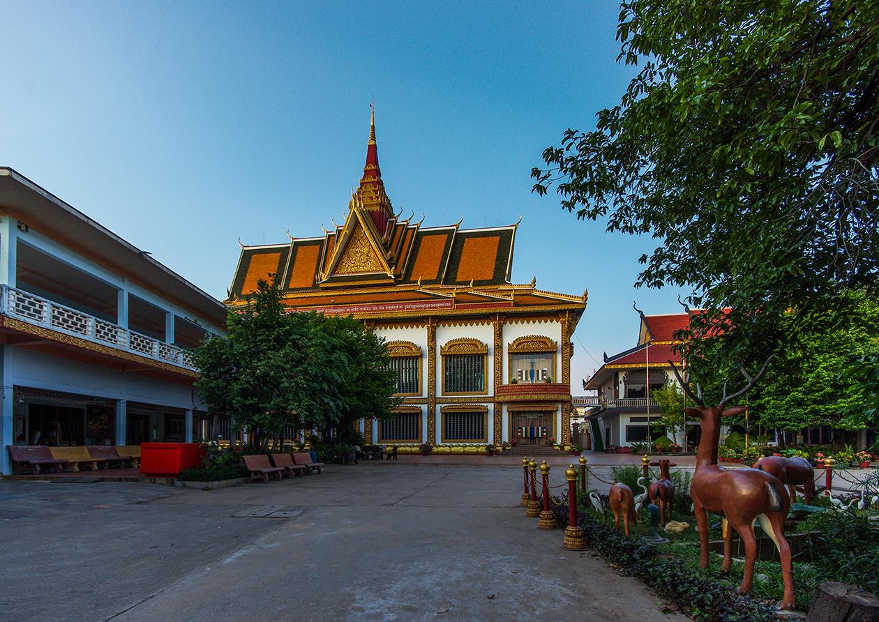 Храм Wat Preah Prom Rath