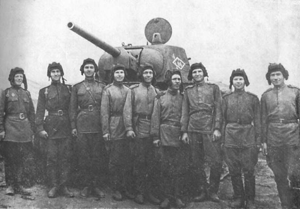 Презентация по истории  уральский добровольческий танковый корпус