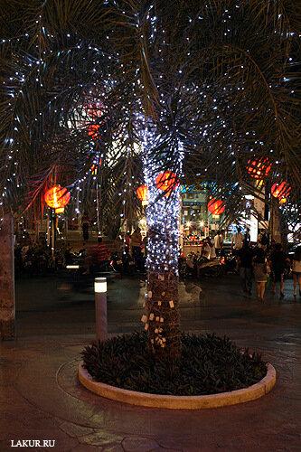 новый год елка шарики