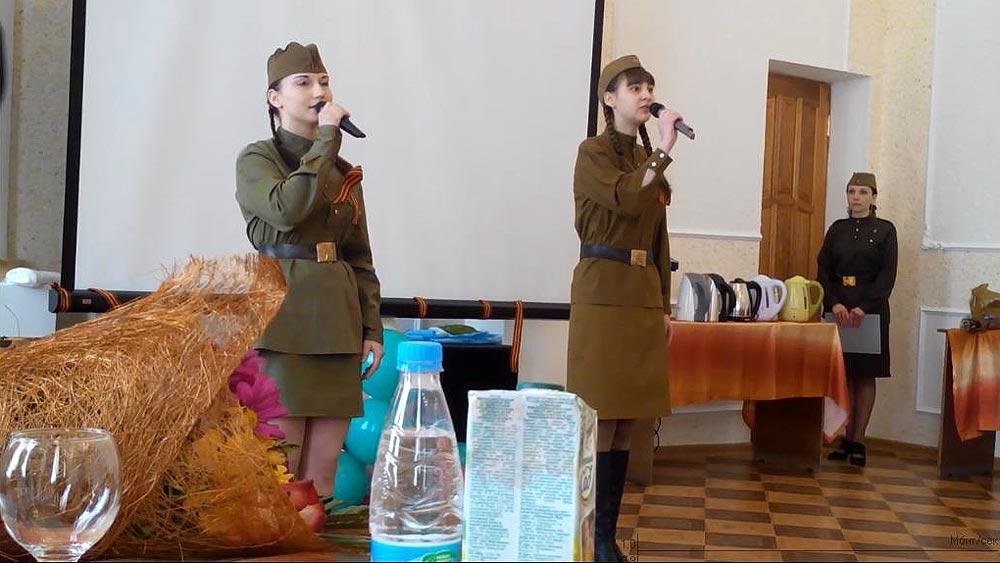 Фронтовая песня «Эх, дороги» для хасынских ветеранов ВОВ