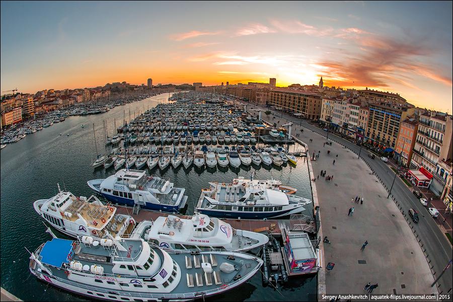 Закат в Марселе