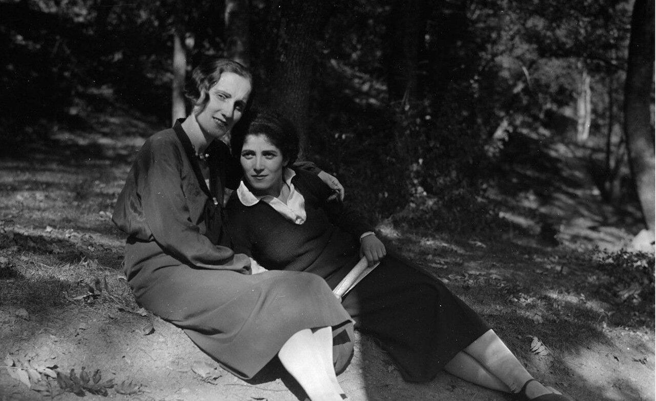 Две грузинские девушки