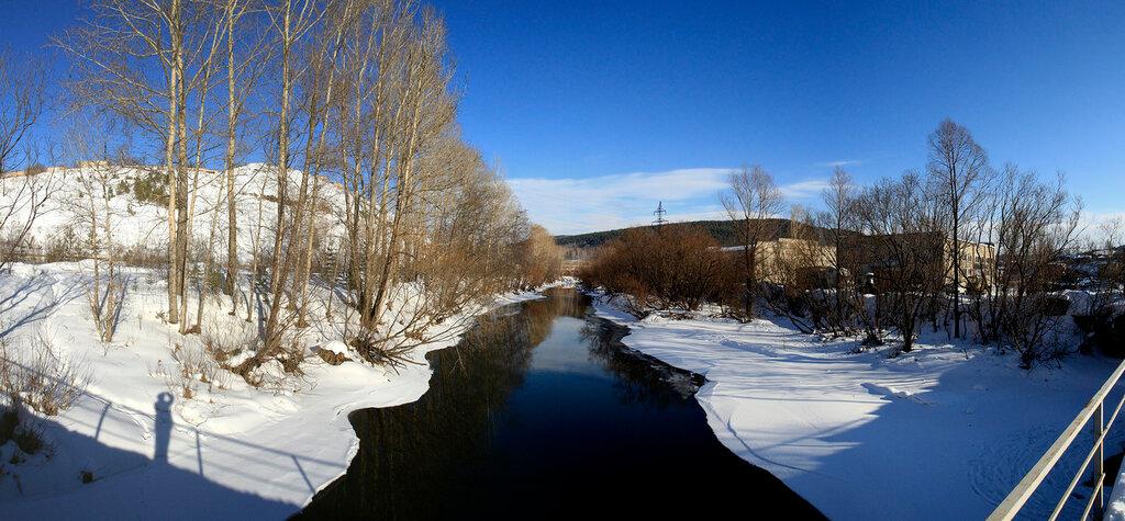 Река Куса с моста. Панорама