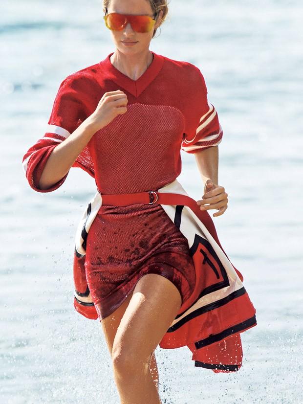 Кэндис Свейнпол (Candice Swanepoel) в журнале SELF