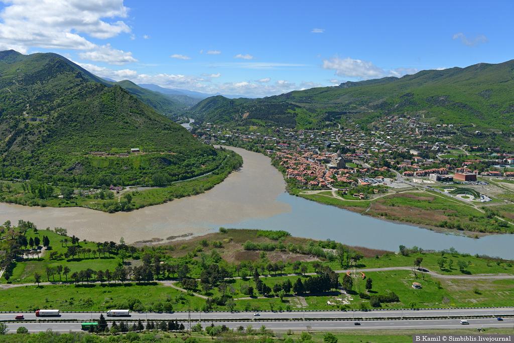 Место слияния рек Арагви и Куры