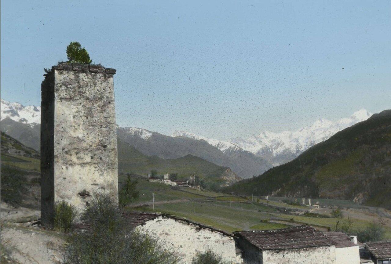 Средневековая башня в Местиа