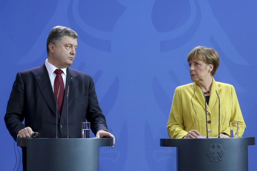 Меркель Порошенко визит 15-16.03.15.png