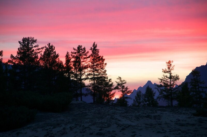 закат на границе Чарских песков и лета-осени
