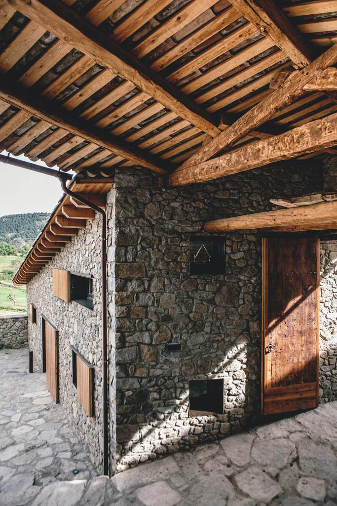 reabilitacao-em-la-cerdanya-dom-arquitectura-15.jpg