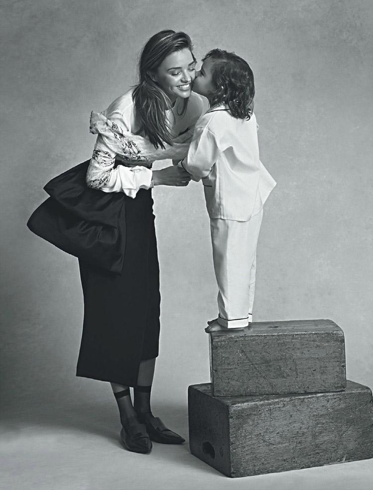 Миранда Керр в июльском Vogue Australia 2014
