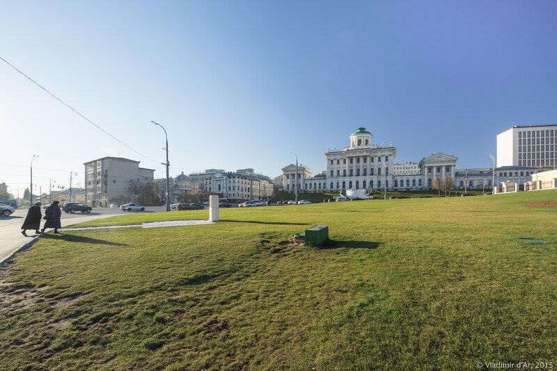 Место установки нового памятника Князю Владимиру на Боровицкой площади