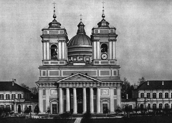 Западный фасад фото начала 20 века
