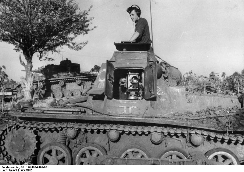 Sd.Kfz. 265 Panzerbefehlswagen / Pz.Kpfw. III