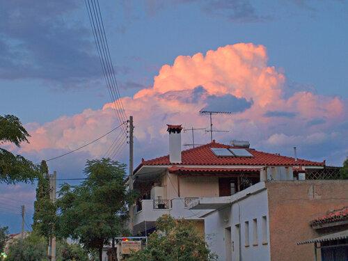 Облака над Толо