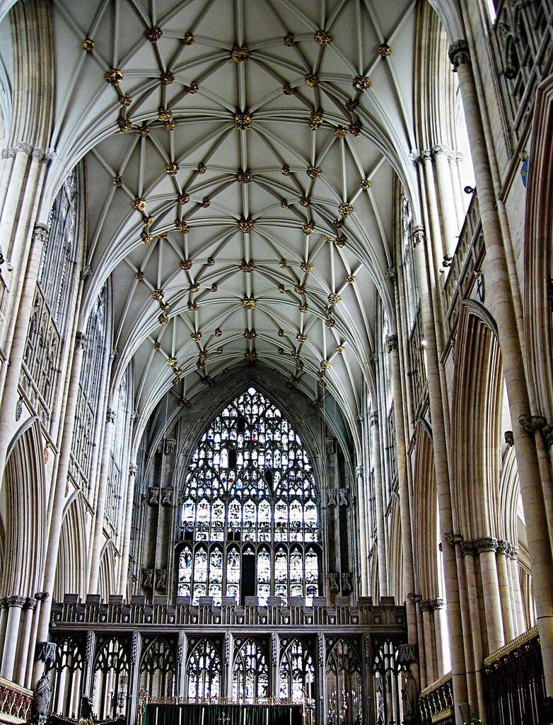York-minster-inside.jpg