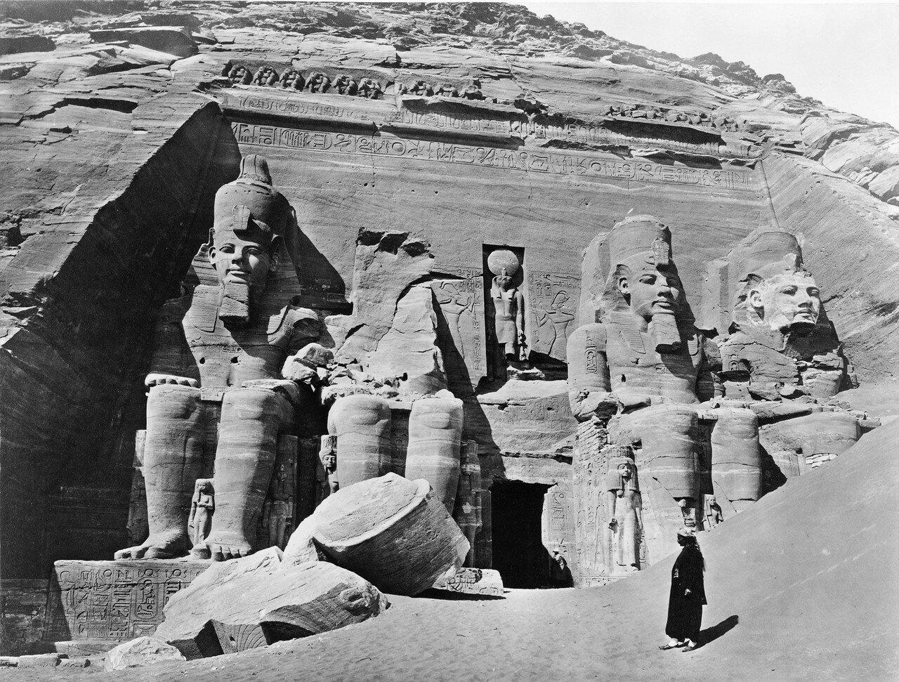 Абу-Симбел. Колоссы Великого храма