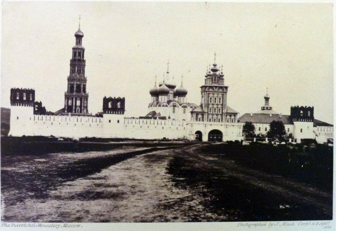 17. Новодевичий монастырь
