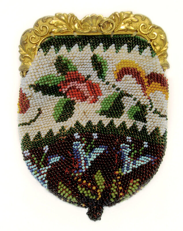Кошелек, вязаный с бисером, 19 век.