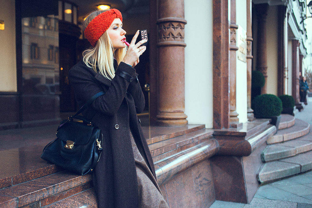 inspiration, streetstyle, autumn outfit, autumn streetstyle, knitted sweater, marina makaron, annamidday, top fashion blogger, top russian fashion blogger, фэшн блогер, русский блогер, известный блогер, топовый блогер, russian bloger, top russian blogger, streetfashion, russian fashion blogger, blogger, fashion, style, fashionista, модный блогер, российский блогер, ТОП блогер, ootd, lookoftheday, look, популярный блогер, российский модный блогер, annamidday, top russian blogger, russian girl, с чем носить миди юбку,  girly, aldo, massimo dutti, how to wear midi skirt, красивая девушка, русская девушка, fashion week
