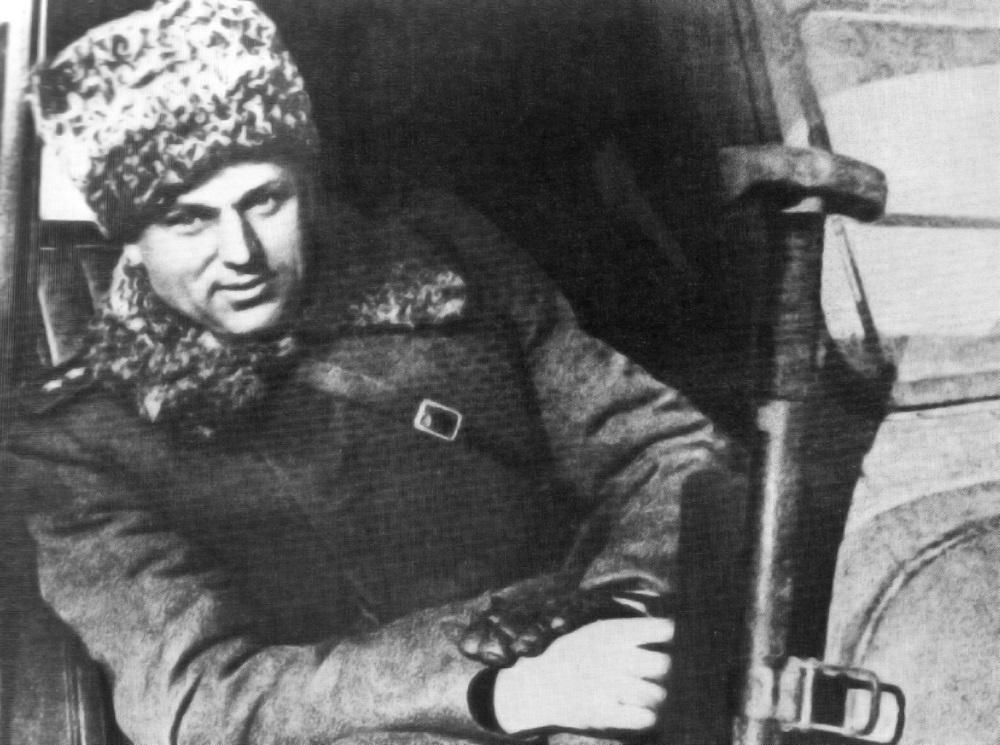 Командующий Донскими фронтом генерал армии К.К. Рокоссовский в Сталинграде после победы.jpeg